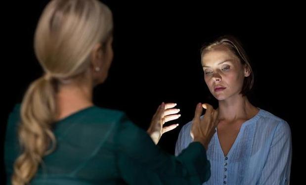 最棒的自我催眠术,5分钟就能学会,四川盟略催眠师培训